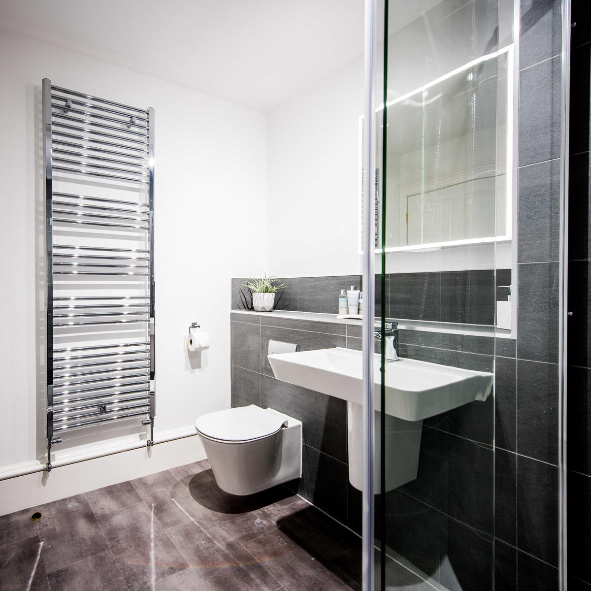2 Bedroom Premium Apartment In Perth Cbd Adelaide Terrace: Earn Apartment Situated Within The Luxury Self Catering
